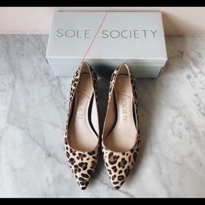 Sole Society leopard print pump